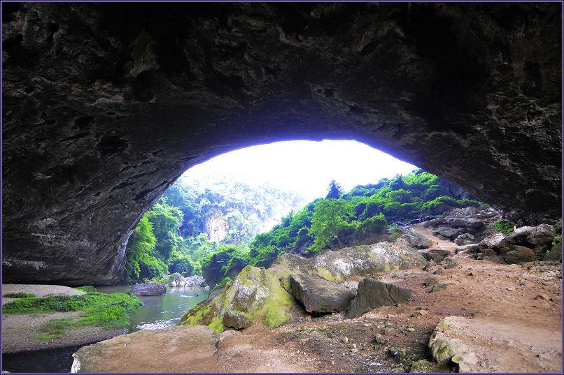 黎平的旅游资源由自然山水风光旅游,民族风情旅游和历史人文旅游