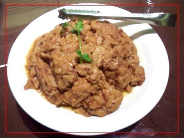 五谷杂粮炒饭.有小米、高粱、豌豆等等,味道不错哦~   葱爆肉.