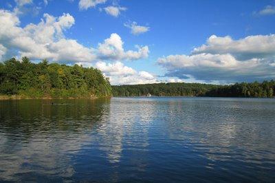 梭罗和 瓦尔登湖