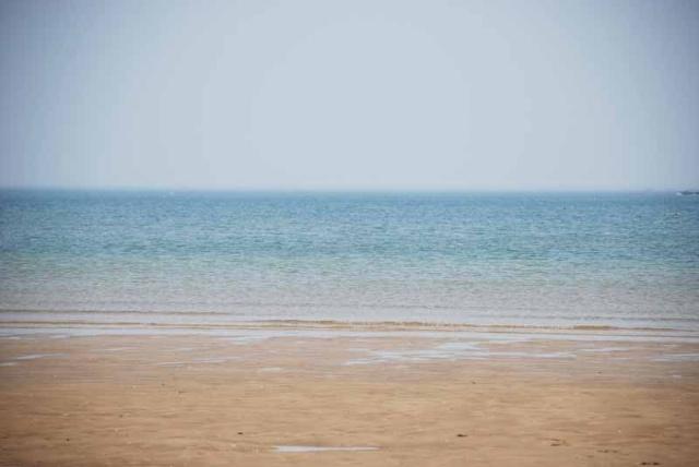 养马岛的海滨浴场,夏天来这里游泳的人肯定很多