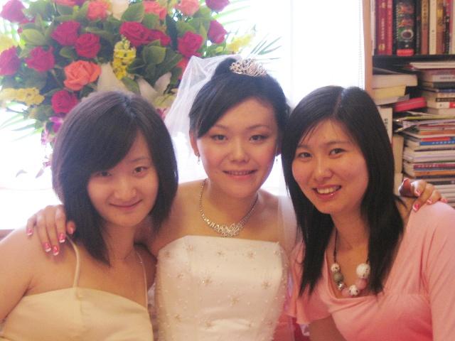 同学结婚我做伴娘的素颜照片