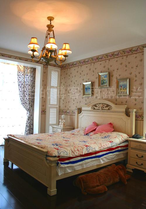 三层联排别墅 经典欧式风格——成都别墅设计成都别墅