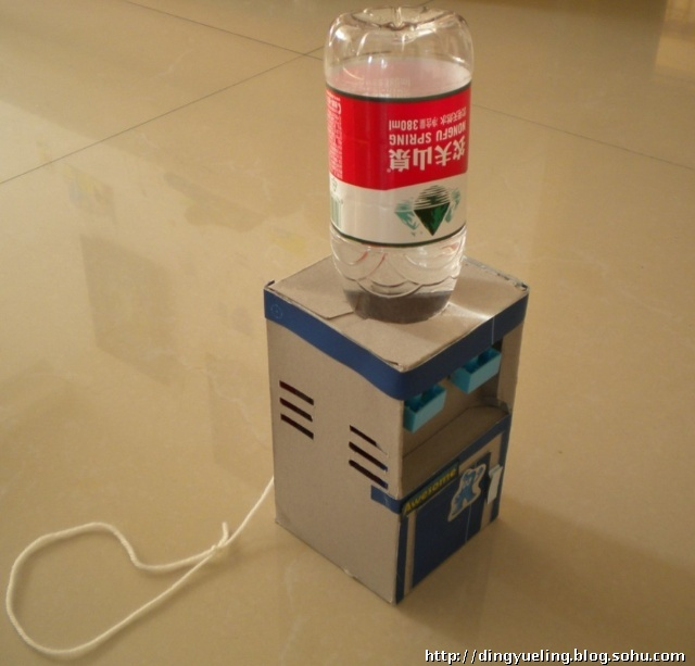 幼儿园自制娃娃家饮水机图片