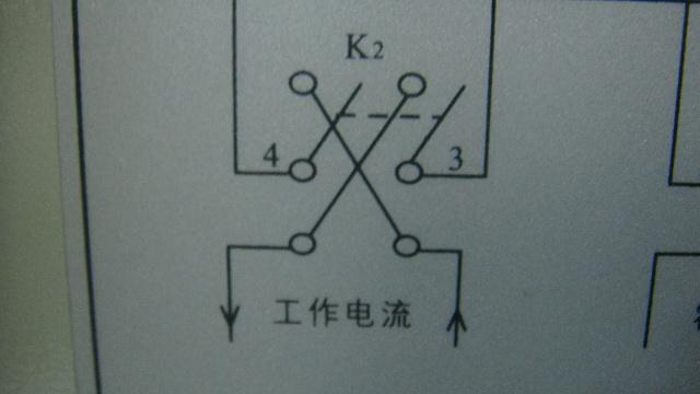 电压表测量霍尔电
