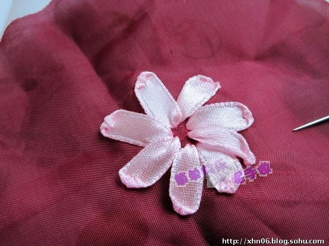 丝带绣绣法视频教程_100款丝带花制作图解_丝带绣图片