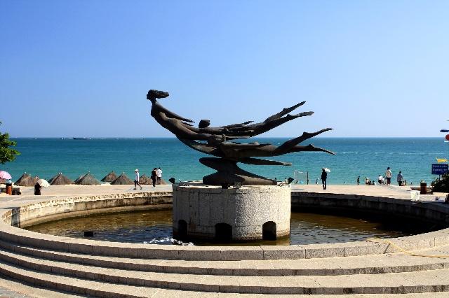 海南之旅--大东海的天体浴场