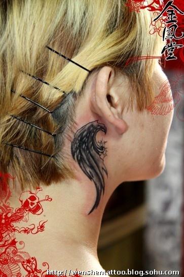 情侣翅膀纹身图案大全 天使翅膀纹身图案大全 后背翅膀纹身图案大全