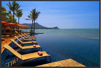 泰国普吉岛 泰国普吉岛拥有众多翻盖一新的海边别墅,你可以欣赏城市