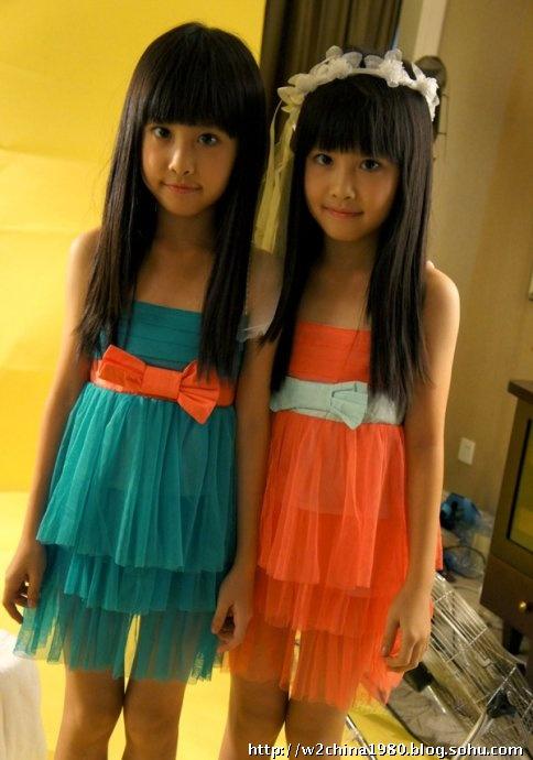 曾红遍网络的台湾人气双胞胎小姐妹新近照曝光 图